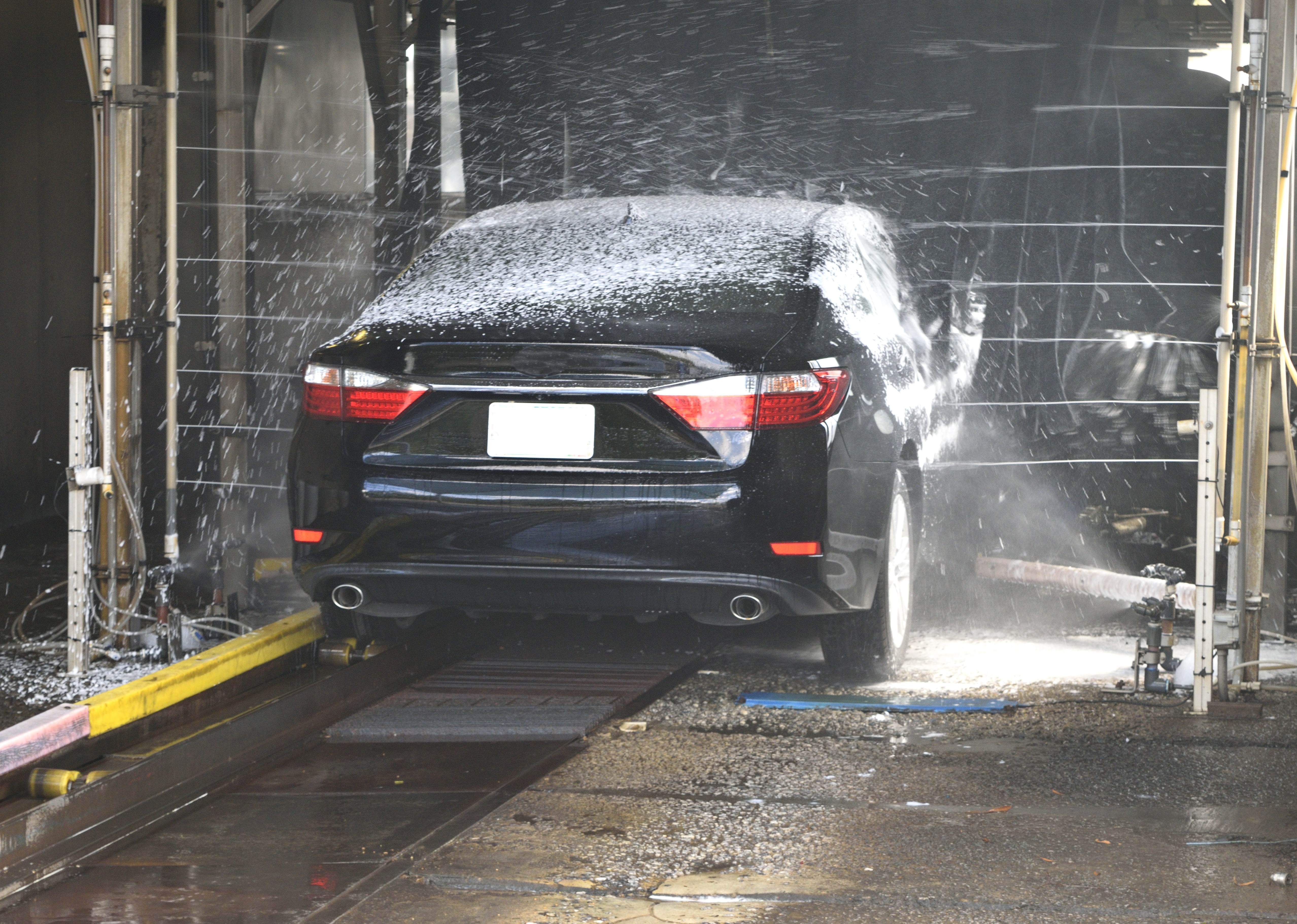 car tire cleaning